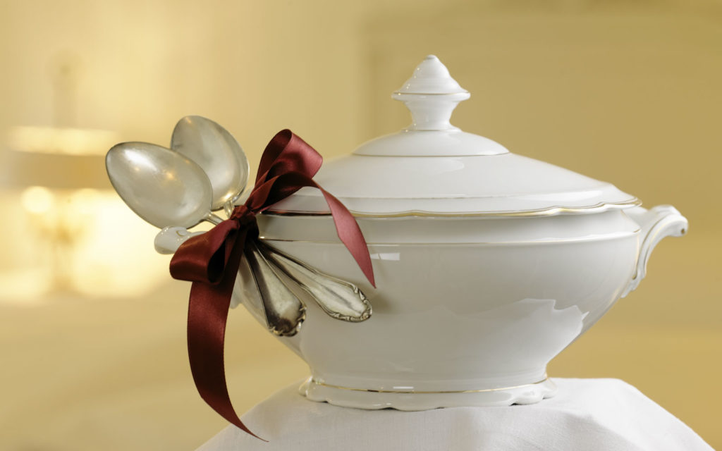 fancy wrapping for your gift vouchers, the old stock pot